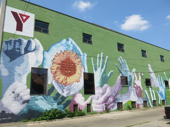 Graffiti in Toronto, flowers and hands