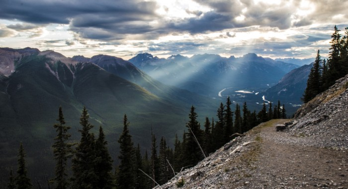 Mountains under sun rays, amazing scenery in the Rocky Mountains in Canada, photo by Antti Kareinen