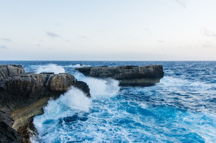 The sea is stormy next to Azure Window on Gozo